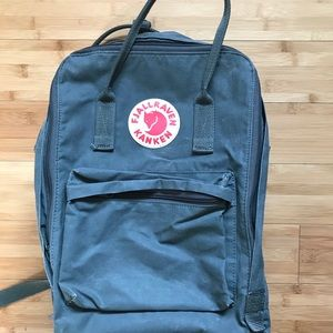 Fjallraven kraken Back Pack